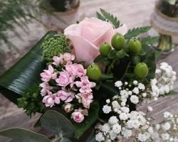Verrerie fleurie pour centre de table - Albertville - JULALIE