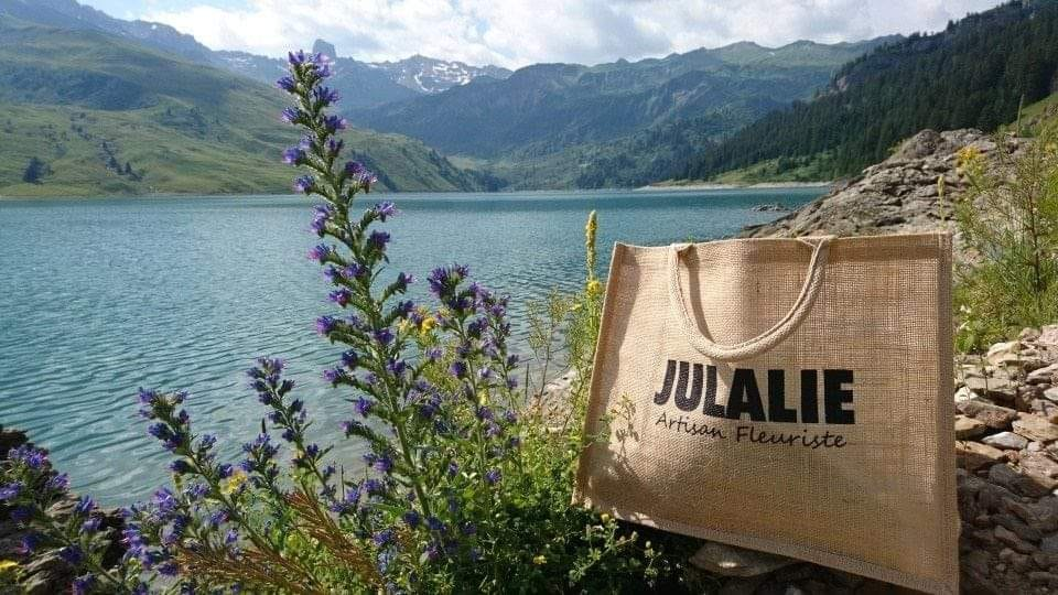 Un sac cabas offert dès 25€ d'achat !